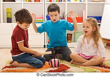 piggybank, crianças, tocando