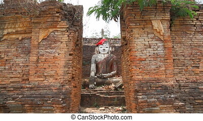 Buddha in Pagoda of Samkar village,