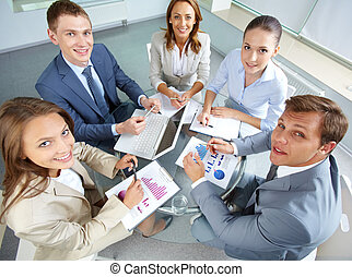 Confident employees - Image of large group of confident...