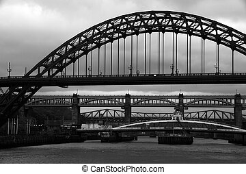 Tyne bridges Monochrome - Bridges over the river tyne in...