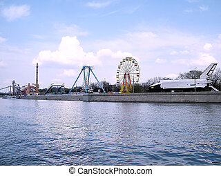 Moscow Gorky Park on Pushkin quay 2011 - View to Space...