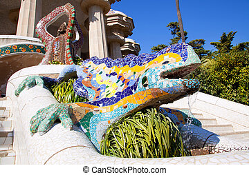 Dragon salamandra of gaudi in park guell - Dragon salamandra...