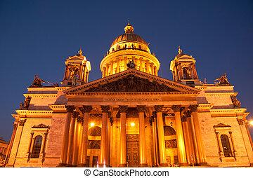 Saint Isaac Cathedral - Famous Saint Isaac's Cathedral at...
