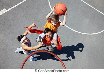 Family of basketball players - Image of sporty couple and...