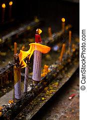 Lanna Candles