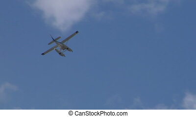 seaplane fly 07 - Seaplane flying