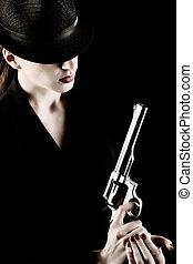 senhora,  revólver