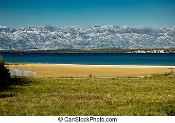 Queens beach in Nin, Croatia - Queens sand beach in Nin and...