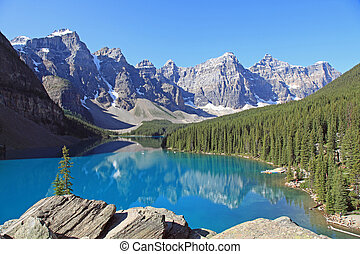 Moraine Lake in Banff - Beautiful Moraine Lake in Banff...