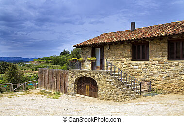 Large stone house, in the valleys of Catalonia - Catalonia...
