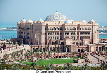 Emirates Palace - The luxury emirates palace hotel in Abu...
