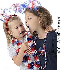 Young Patriots Sharing Licks