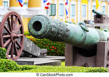Old Cannon in front of the Thai Ministry of of Defense.