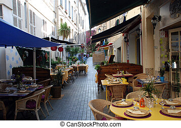 Restaurants in the provence - Restaurants in the french city...