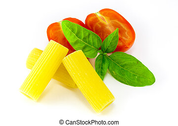 Rigatoni pasta with tomatoes and basil