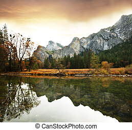 Autumn in Yosemite - Yosemite