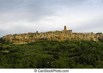 Pitigliano, Tuscany - Pitigliano, rural village in Tuscany