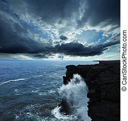 Hawaiian coast - Arch in Hawaii Volcanoes National Parks