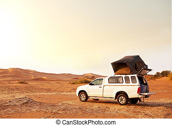 Jeep - camp in expedition