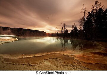 Mannoth Hot Springs - Mammoth Hot Spring