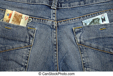 Money in the pockets - Jeans with money in their pockets