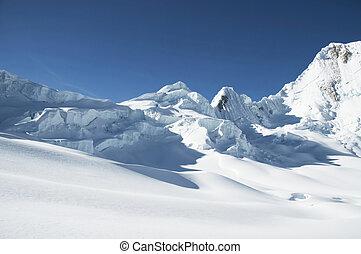 Cordilleras mountain - Snowcowered high cordillera mountain