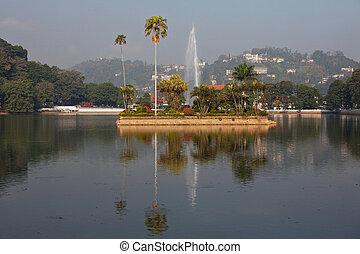 Kandy on Sri Lanka - landmark on Temple of the Tooth (Dalada...