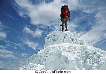 Leader on the peak - Leader on the snow peak