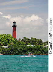 Jupiter Inlet Lighthouse - The Historic Jupiter Inlet...