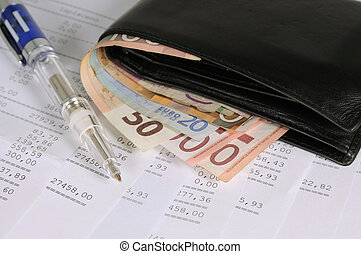 Financial report - Wallet with different banknotes and pen...