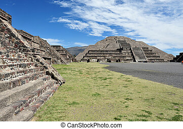 Pyramids of Teotihuacan - The pyramid of the moon in...