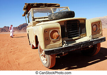 Wadi Rum Jordan - Land Rover jeep journey in Wadi Rum.