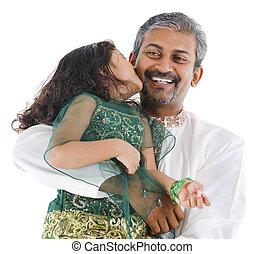 filha, dela, pai, indianas, beijando, Feliz