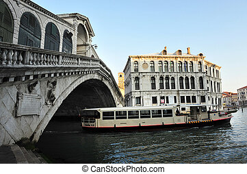 Venice Italy Cityscape Landscape - The Rialto bridge over...