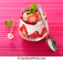 Individual serving of strawberry dessert