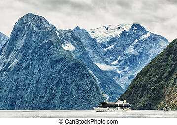 Milford sound New Zealand fiordland
