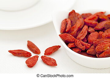 organic dried Tibetan goji berries - organic dried goji...