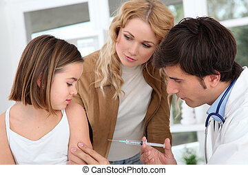 poco, niña, recibiendo, vacuna, inyección