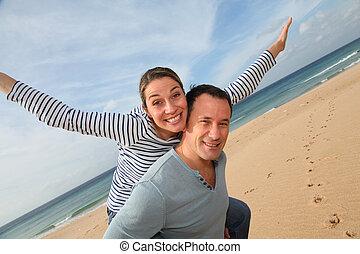 coppia, spiaggia, Felice
