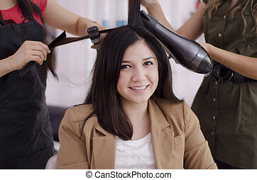 Express service at a hair salon - Pretty female customer...
