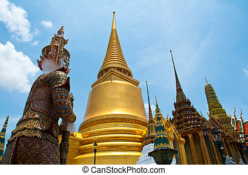 Golden Pagoda of Wat Phra Kaew temple