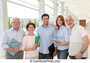 Grupo, Feliz, Sênior, pessoas, treinamento, curso