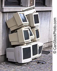 Pile of old crt monitors - Pile of eight old crt monitors...