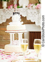 Wedding Cake with Two Groom Topper - Wedding cake with two...