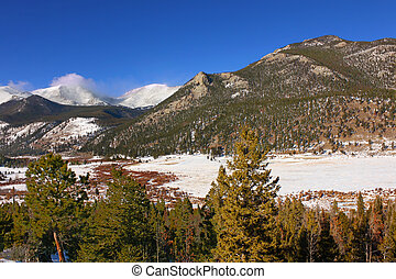 Rocky Mountain National Park - Winter Scenery of Rocky...
