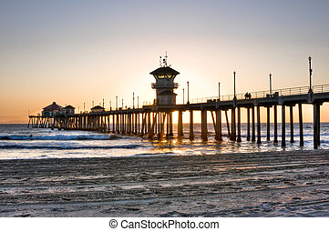 Huntington Beach Pier - Scenic HDR landscape Huntington...