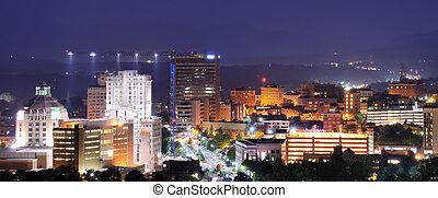 Asheville, contorno