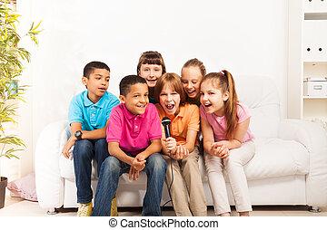 cantando, crianças, grupo