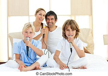cantando, jovial, junto, família