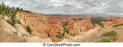 Canyon Bryce amphitheater panorama